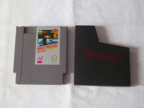 Photo du jeu Metroid sur Nintendo Entertainment System (NES).